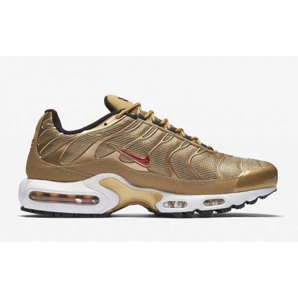 Nike Air Max Plus QS Metallisch Gold Herren 903827...